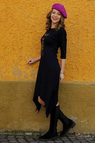 Rochie  neagra, in colturi,...