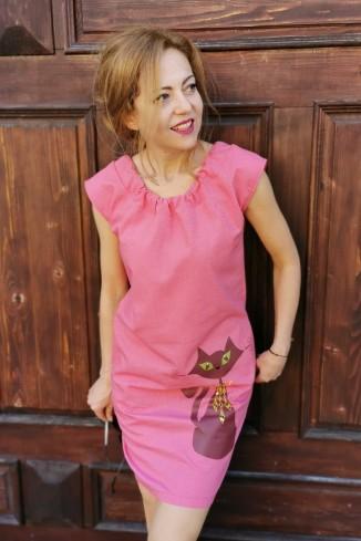 Rochie midi din in roz...